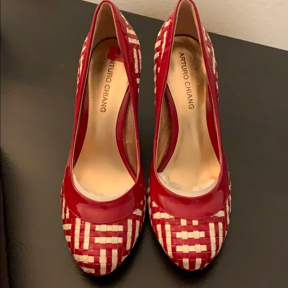 Arturo Chiang Shoes - Red and white leather grid heels 8